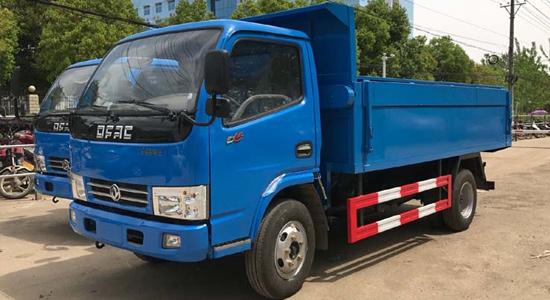 东风小多利卡自卸式垃圾车(4-5方)