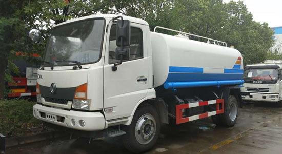 东风嘉运8吨(方)洒水车